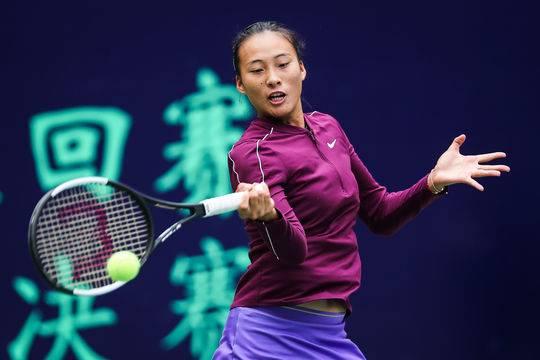 ITF青少年年终总决赛:郑钦文无缘四强,两岁前在成都生活