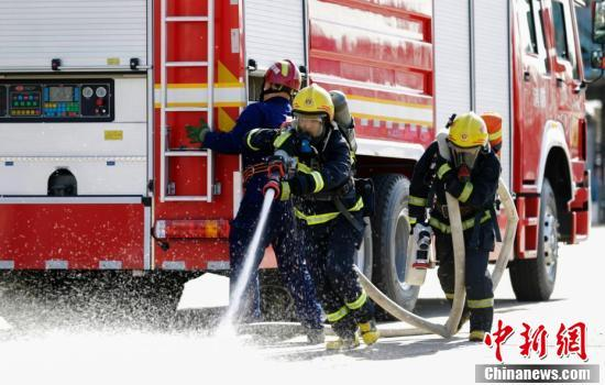 哈尔滨市消防救援支队举行岗位练兵比武竞赛