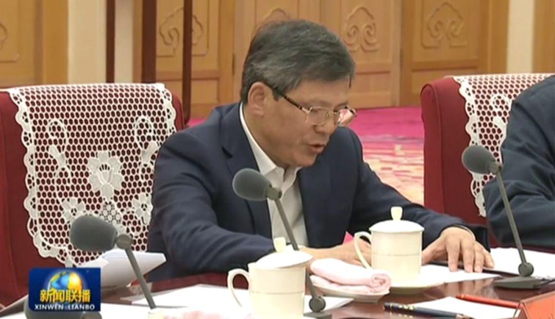 0008com大全 中国的发展成就是不平凡的