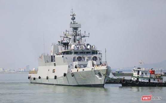 """印度海军东方舰队""""卡莫尔塔""""号舰。(资料图)"""