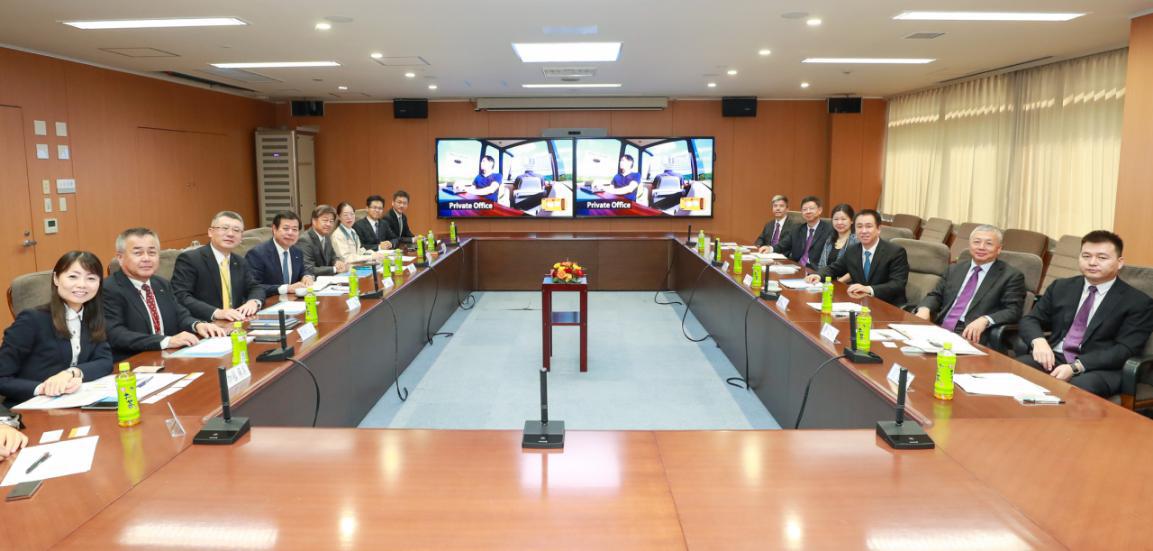 2018新会员申请彩金·千元极点屏 4800万像素直出,华为畅享10发布