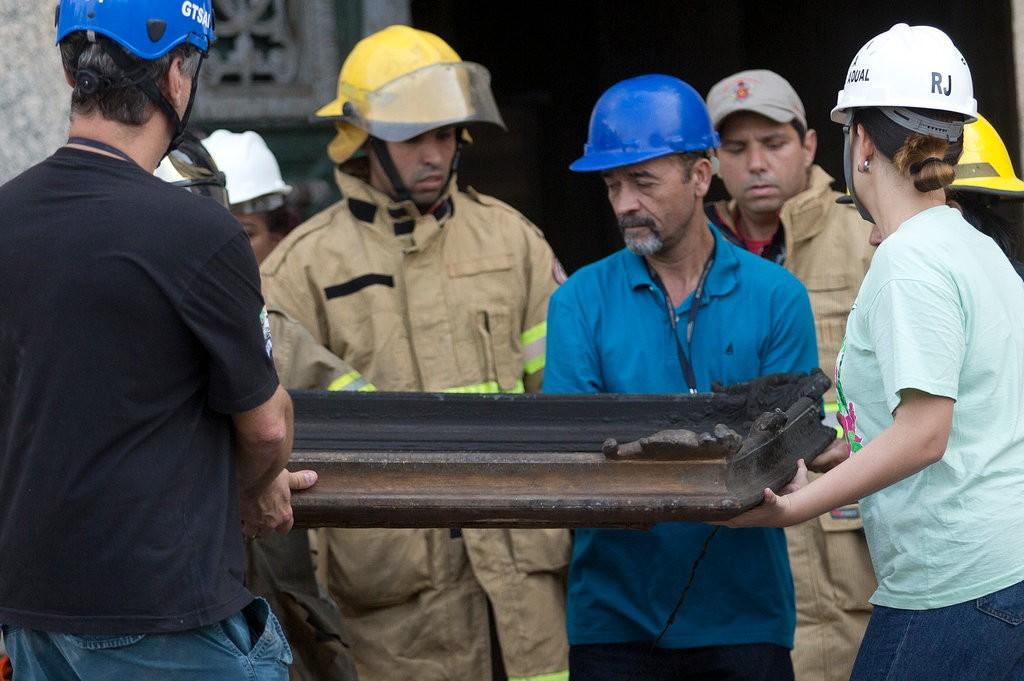 巴西国家博物馆遭遇火灾 当地人类学家感叹:巴西就500年历史博物馆见证200年,现在全没了