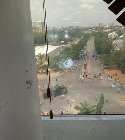 尼日利亚首都阿布贾爆发骚乱 有枪声传出(图)铁牢经脉
