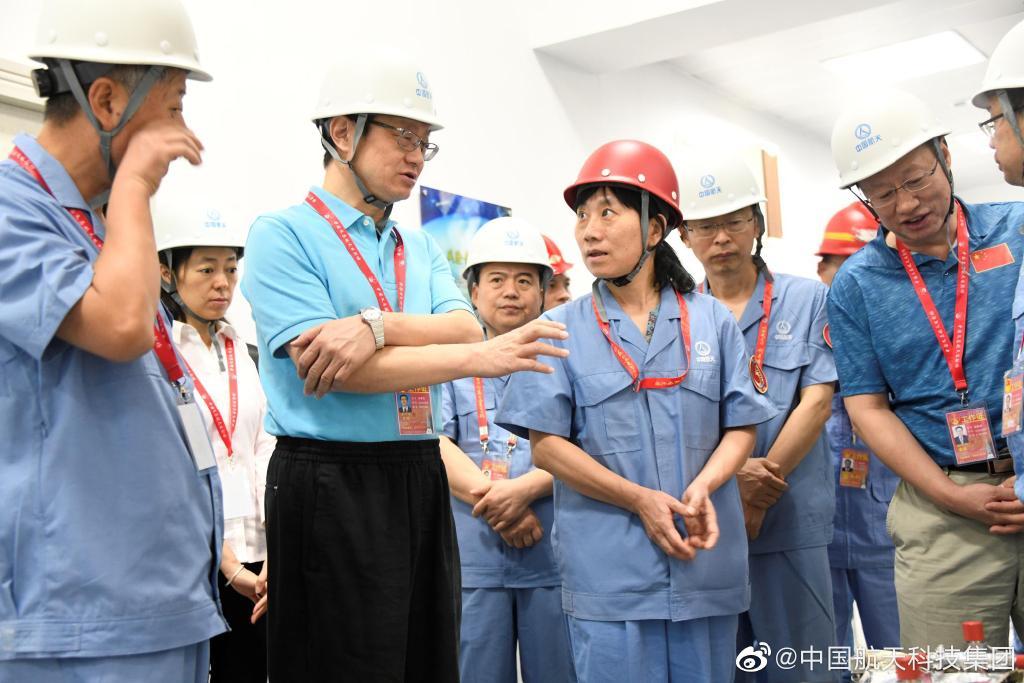 外围资料_大鳄急行,上海医药5年内要进入世界500强!