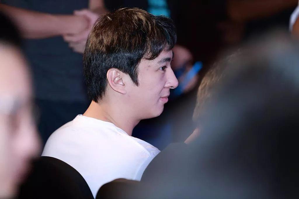 亿万先生登_著名导演吴贻弓去世,创办上影节,执导《巴山夜雨》《城南旧事》