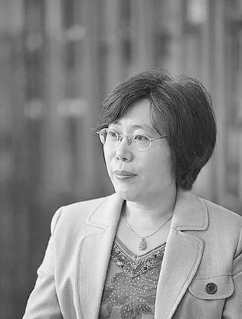 """山大王小云院士摘得""""中国诺贝尔奖"""",成唯一获奖女性"""