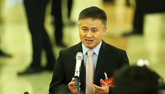 外汇局局长潘功胜撰文:将继续在市场化改革中增强人民币汇率弹性