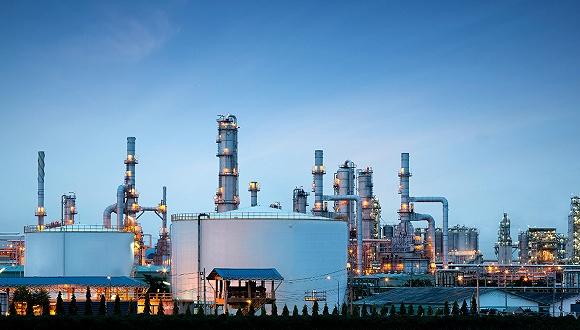 原油基金怎么选 股票或商品主题