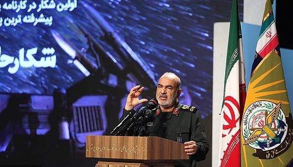 9月21日,伊朗德乌兰,伊朗伊斯兰反动卫队总司令萨推米颁发发言。图片滥觞:视觉中国