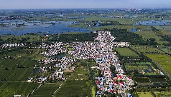 """长城尊龙t400 - 中国最""""神奇""""的边境小城,6000常住居民每年接待超过300万游客"""