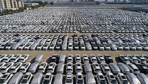 降幅继续收窄 全国汽车产销8%负增长几成定局