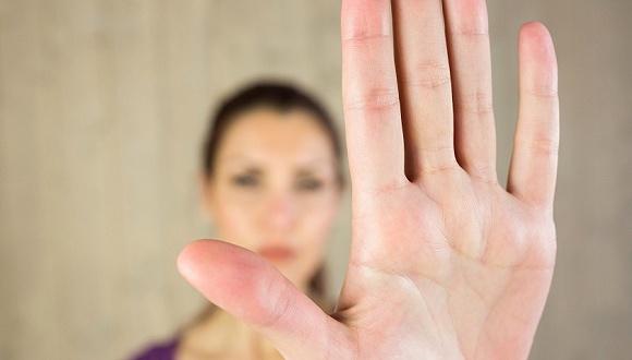 胜博娱乐主页-皮肤科专家:面对瘙痒 你最不该做的事就是挠
