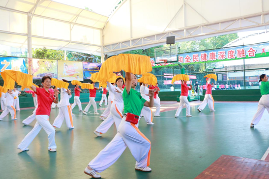 上虞区木兰拳协举行十八式木兰扇短信登山公益培训的祝贺词语图片