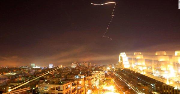 俄国防部:美英法对叙发射百余枚导弹 大部分被击落daysys