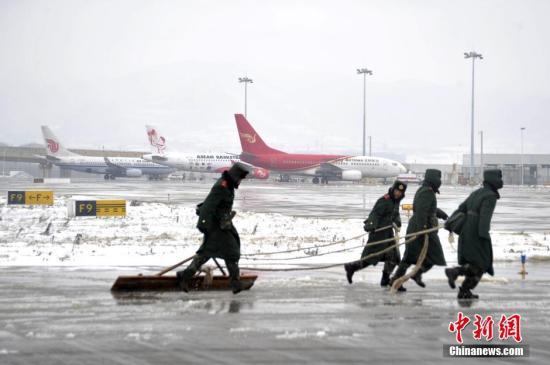 资料图:昆明机场。中新社发 郝亚鑫 摄