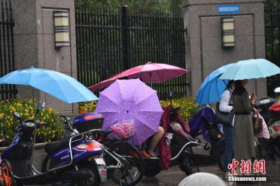 北京发布雷电黄色预警 将有雷阵雨伴冰雹大风