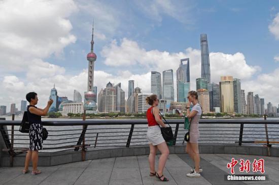 中国将在长三角开展外国人永久居留政策试点