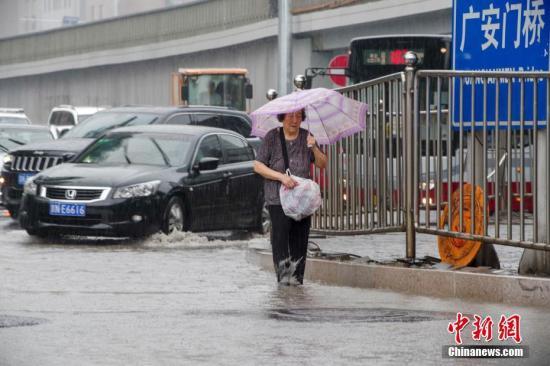 """北京本轮降雨持续近58小时 最大小时雨强超过""""7.21暴雨"""""""
