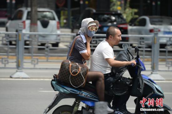 中国气象局解析7月连续高温成因:北方冷空气偏弱