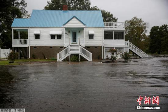 飓风吹袭美国局地进入灾难状态 民众:救救我