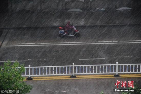 西南、广西等地局地有强降雨 冷空气影响北方地区