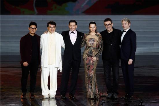 首届海南岛国际电影节闭幕全球影坛风云人物齐聚
