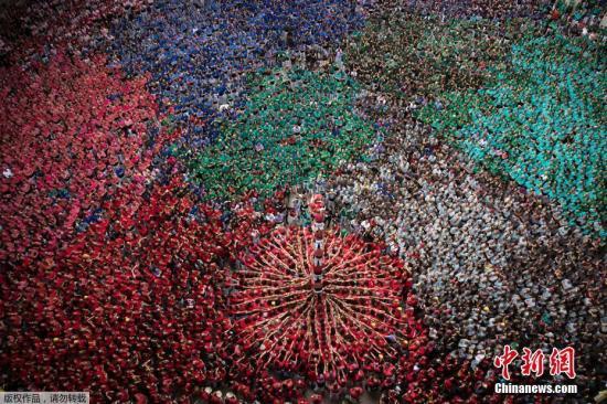 材料图:西班牙减泰罗僧亚人。