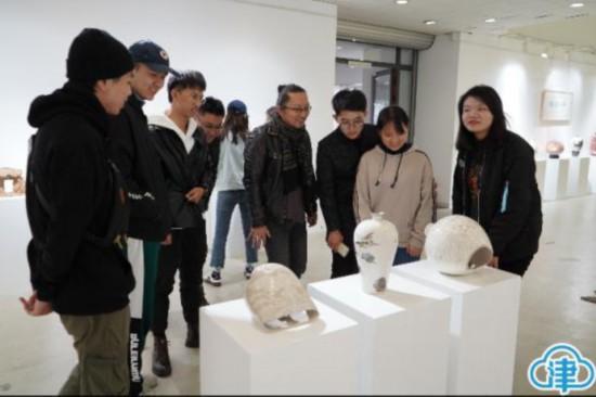"""""""磁州窑陶瓷传承与创新人才培养""""项目成果展出"""