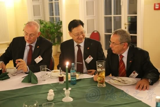 德军上将访中国被惊到:1个军区管辖范围是德国的4倍