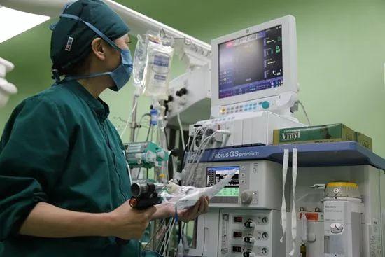 """""""我们麻醉科的医生护士都比其他科的白"""""""