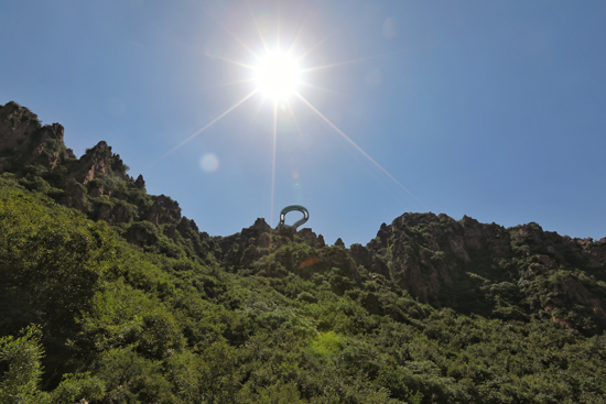 世界最长高空玻璃环李荣浩公开恋情廊在伏羲山建成 将于6月16日开放