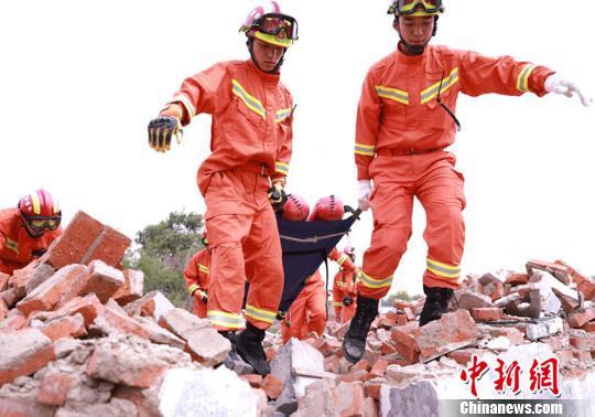 长春消防支队组织开展地震救援拉动演练