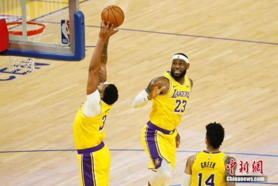 【热点】NBA综述:湖人迎来6连胜独行侠42分大胜骑士