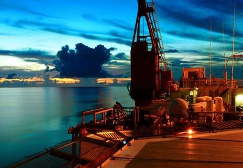 瑞银: 中海油田服务(02883-HK)股价已累计升30%