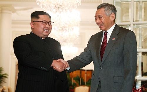 金正恩10日在新加坡与李显龙举行会谈(路透社)