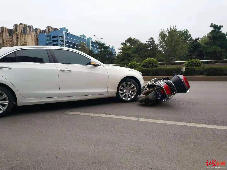 ↑车祸现场