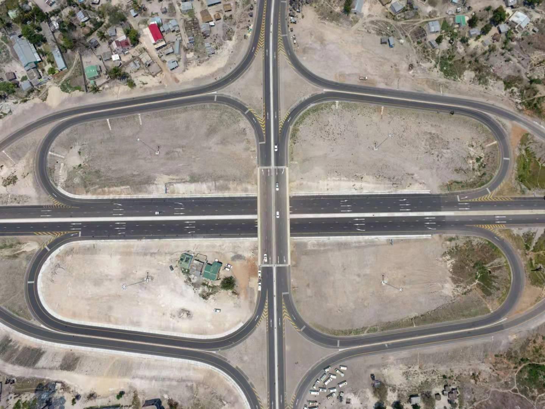 莫桑比克N6公路改扩建项目竣工通