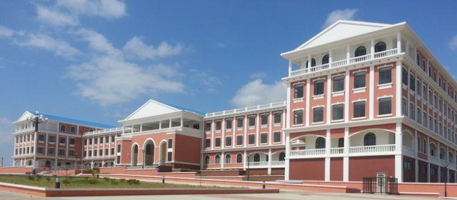 ▲中国援建的马拉维科技大学上了马拉维的流通纸币