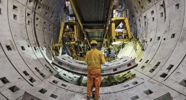 上海最近公佈了在5年內再開通300公里地鐵線路的計劃。(英國《經濟學人》週刊網站)