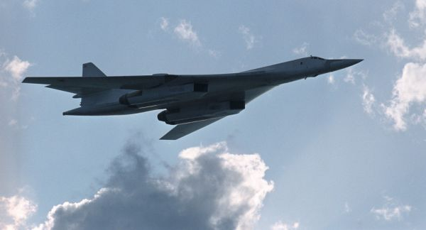 材料图片:俄空军图-160计谋轰炸机。(俄罗斯国防部)