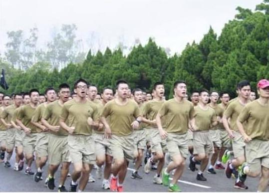 台军少将再曝性骚扰丑闻遭女下属集体检控被调职