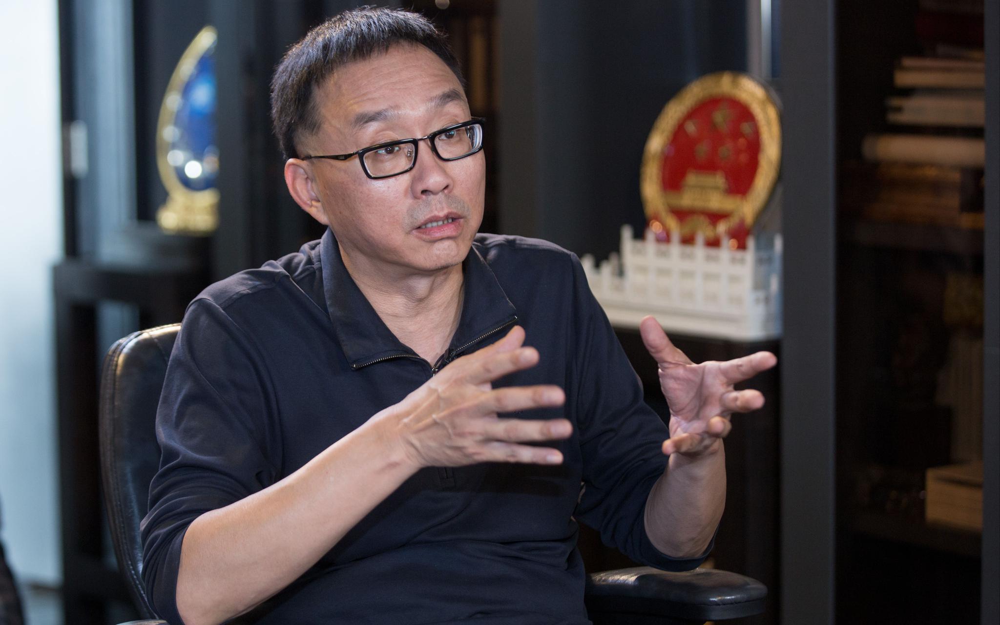 国庆联欢活动执行总导演 甲丁,曾参与国庆55周年和60周年联欢的编创。新京报记者 李凯祥 摄