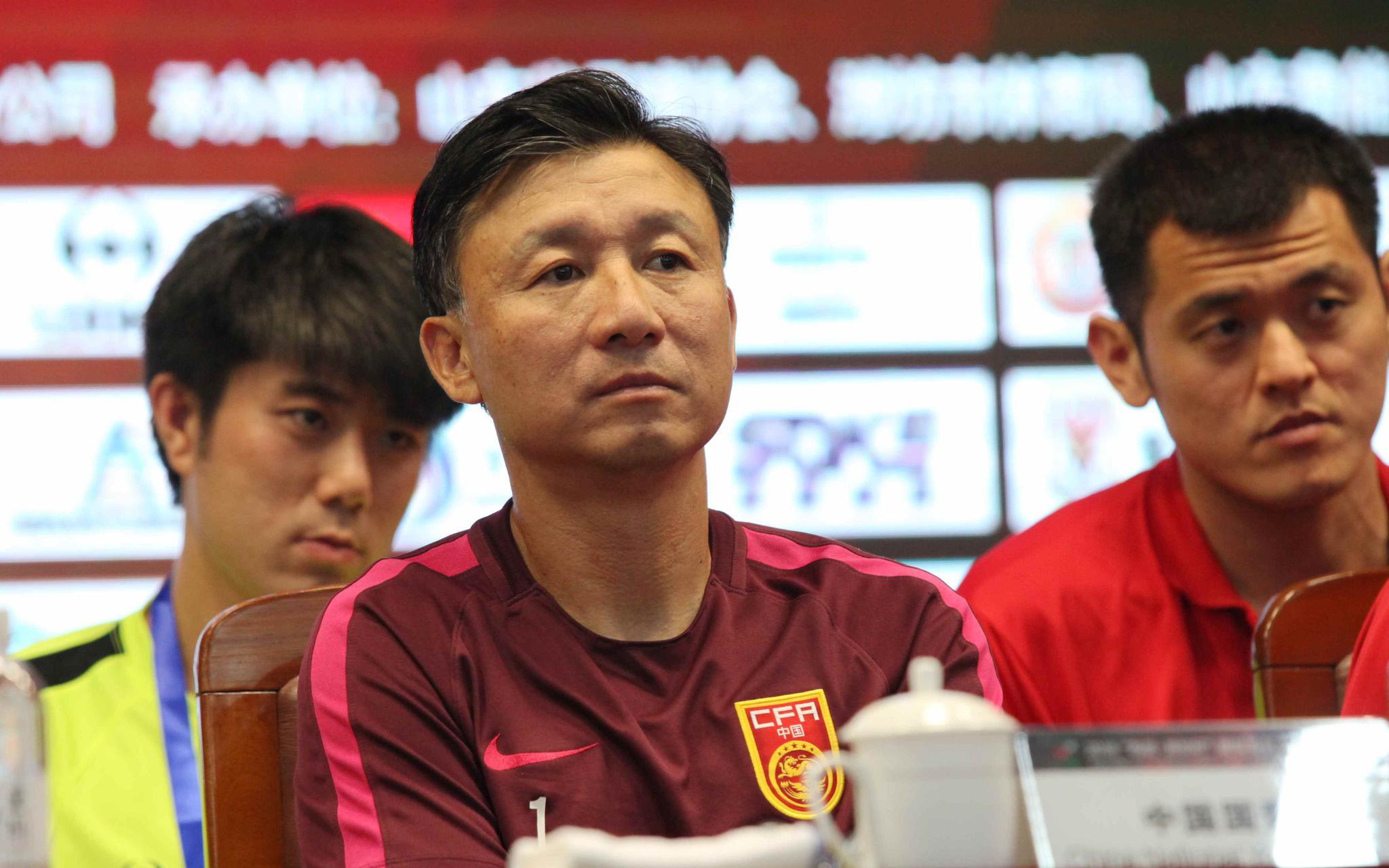 同样面对新加坡队,国青队比韩国队少赢9个球