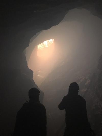 探险神秘洞穴 4天3夜上演