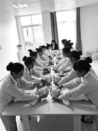北京家苹果4怎么用3g网络吗公共汽车玩具政市场缺口大企业贫困县建培训学校
