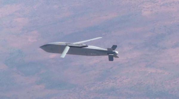 資料圖片:AGM-154聯合防區外攻擊彈藥飛行視頻截圖。(圖片來源於網絡)