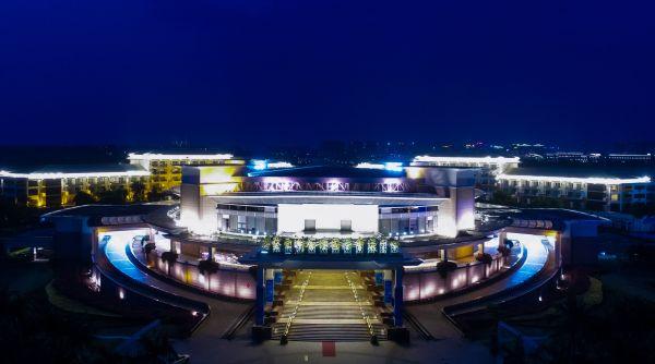 这是博鳌亚洲论坛永久会址夜景(2018年3月23日无人机拍摄)。