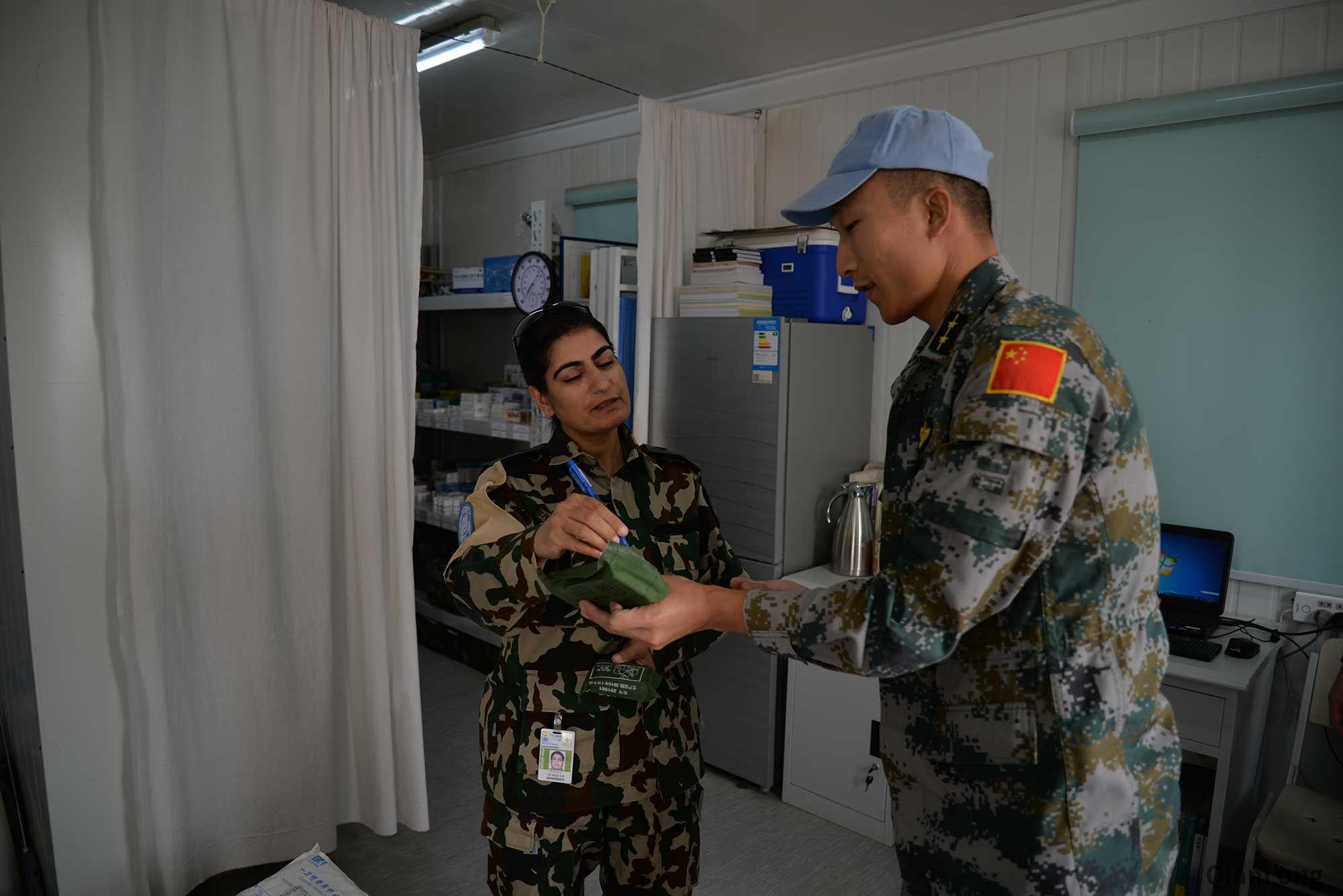 维和直升机分队通过联合国装备核查 保养硬功为其他分队树立榜样