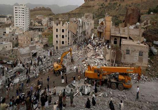 空袭导致一座房屋被毁。(图片来源:路透社)