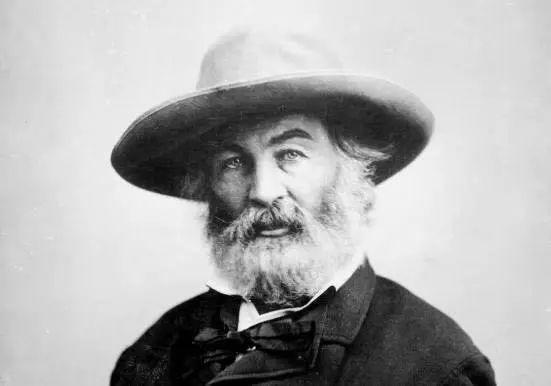"""惠特曼诞辰200周年:他自相矛盾又包罗万象,也是许多诗人心中的""""船长"""""""